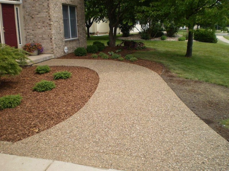 Exposed Aggregate Walkway